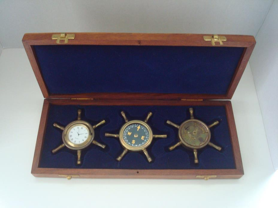 SHIPS WHEEL COMPASS CLOCK 100 YEAR CALENDAR WOOD BOX