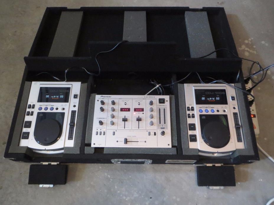 PIONEER STEREO AUDIO DJ MIXER CD + 2 CDJ-100S & DJM-300S + GRUNDORF HARD CASE