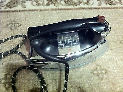 Vintage GE General Electric Iron 1000 Watts!
