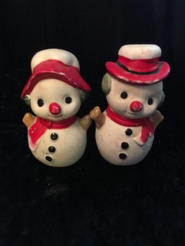 VINTAGE SNOW MAN & SNOW WOMAN SALT & PEPPER SHAKERS