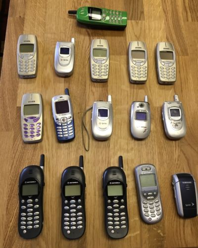 Lot of 16 Cell Phones for scrapping or parts/repair