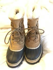 Caribou Sorel Snow Boots Size 6 (Provo)