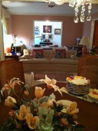 WONDERFUL ORANGE ESTATE SALE2181 TreemontSat Nov 5, 8-5 pmSun Nov 6, Noon -5