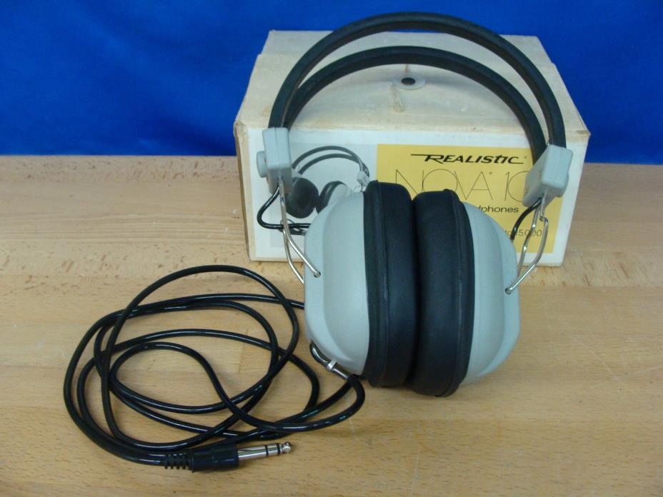 Vintage Radio Shack Realistic Nova 10 Stereo Headphones, Great Condition