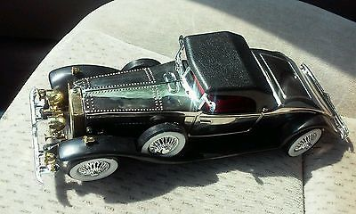 Vintage 1931 Rolls Royce 2 Door Coupe AM Novelty Toy Radio Car Hong Kong