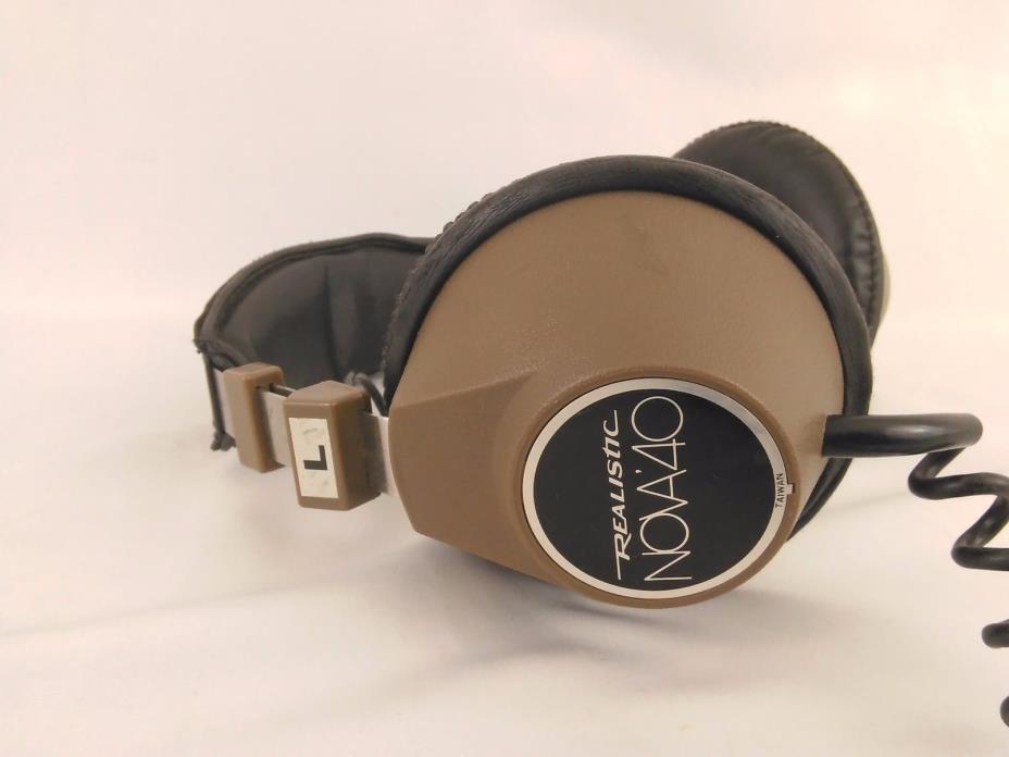 Realistic  Nova 40 Vintage Headphones
