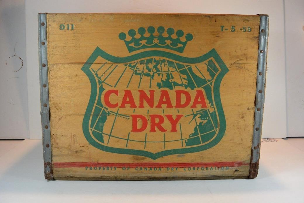 CANADA DRY WOOD SODA BOX CRATE METAL EDGED VINTAGE 1959