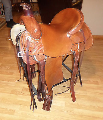 16 inch Rocking R Roping Saddle