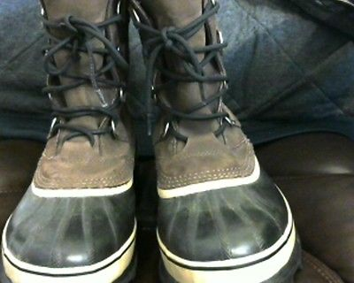 Sorel Men's Caribous Pac Boots Size 9 in Excellent condition, These last forever
