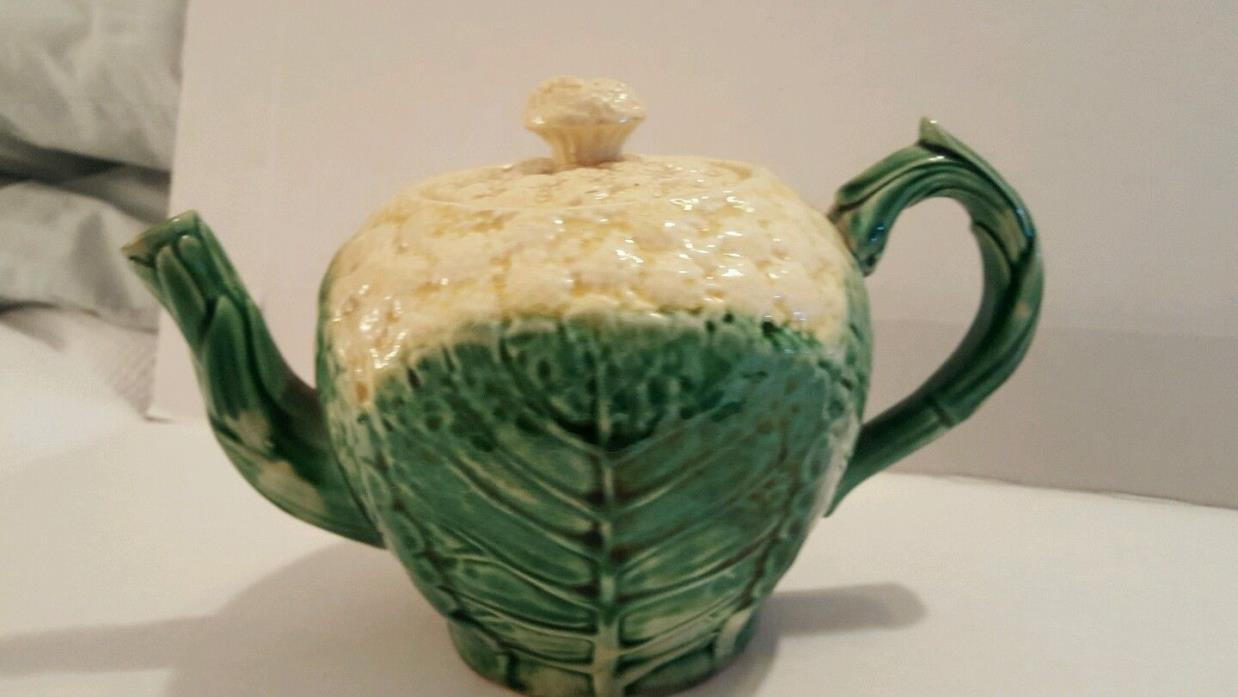 Pretty/Old Majolica ETRUSCAN Cauliflower Teapot