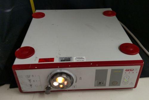 Richard Wolf 4251 Long life Endoscopic Light Source - Tested