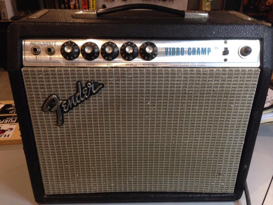 Fender Vibro Champ Vintage Tube Amp Guitar