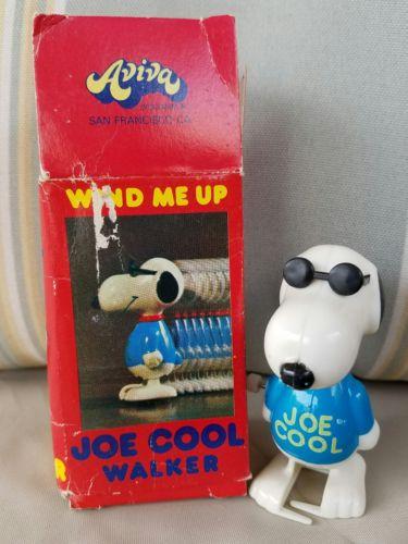 Peanuts Snoopy Joe Cool Walker Wind up