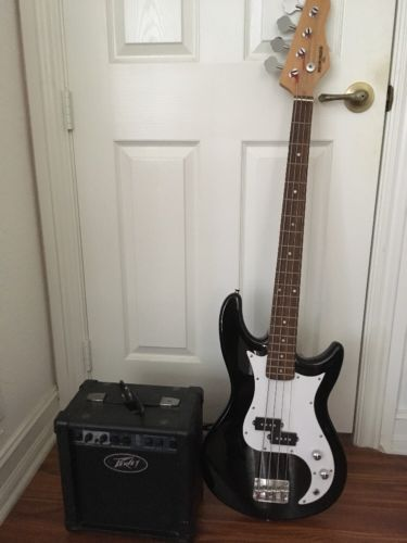 Behringer Bass Guitar With Peavey Amp