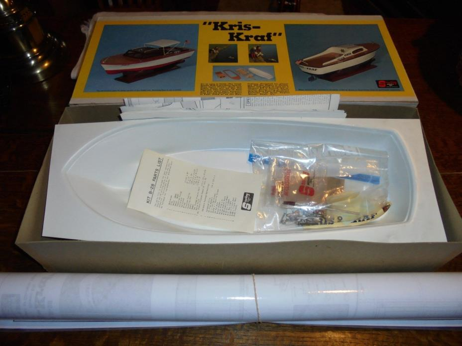 Sterling Chris Craft / Kris Kraf Wooden and plastic hull Boat Kit.R/C gas,elec.