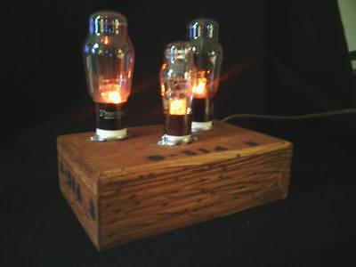 One of a Kind Radio / Amplifier Vacuum Tube Accent Lamp