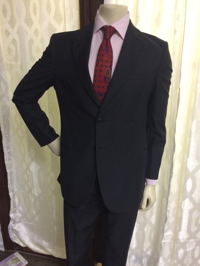 Giorgio Armani Black Label Suit 2btn Peak Lapel Sz 40R Blk Pinstripe