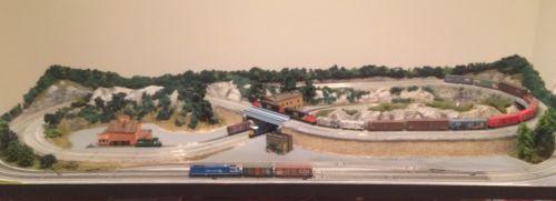 N Scale Double Track Kato Unitrack Train Layout