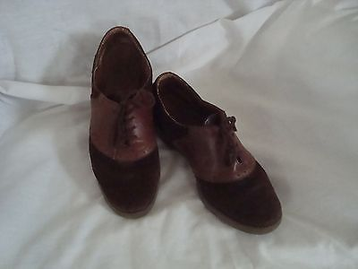 Bass Womens suede saddle shoes used - 1980a
