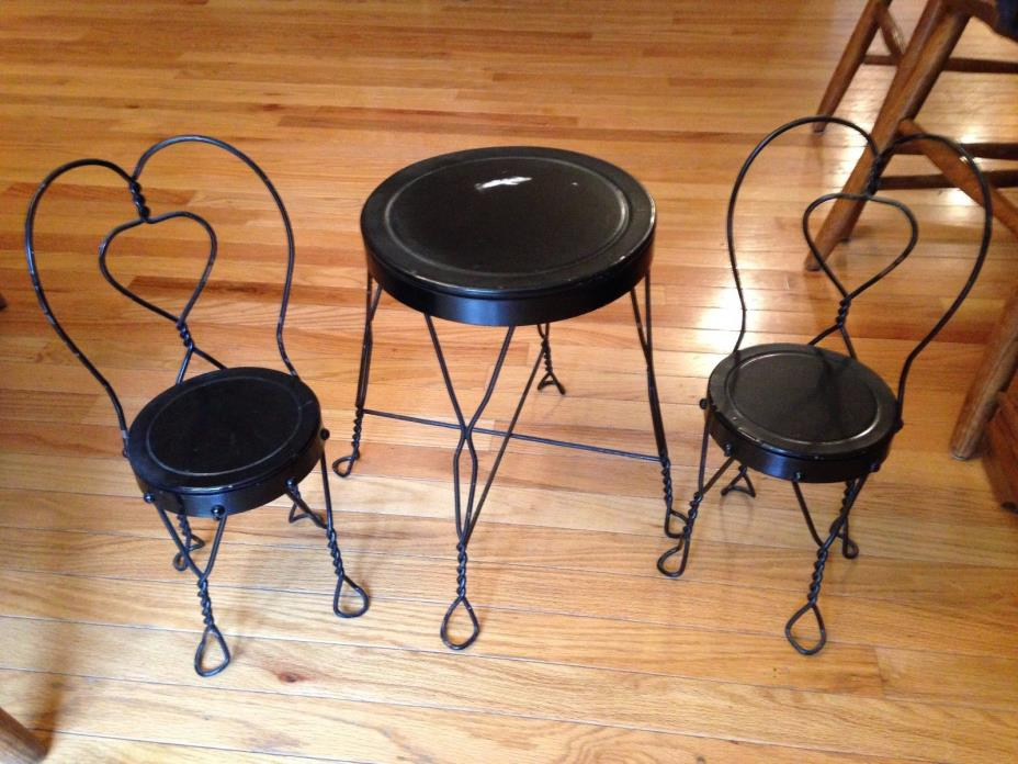 Antique Wrought Iron Doll Child Table & 2 Chairs Ice Cream Parlor Bistro Set