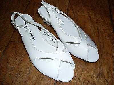 Women's vintage sandals Size 6