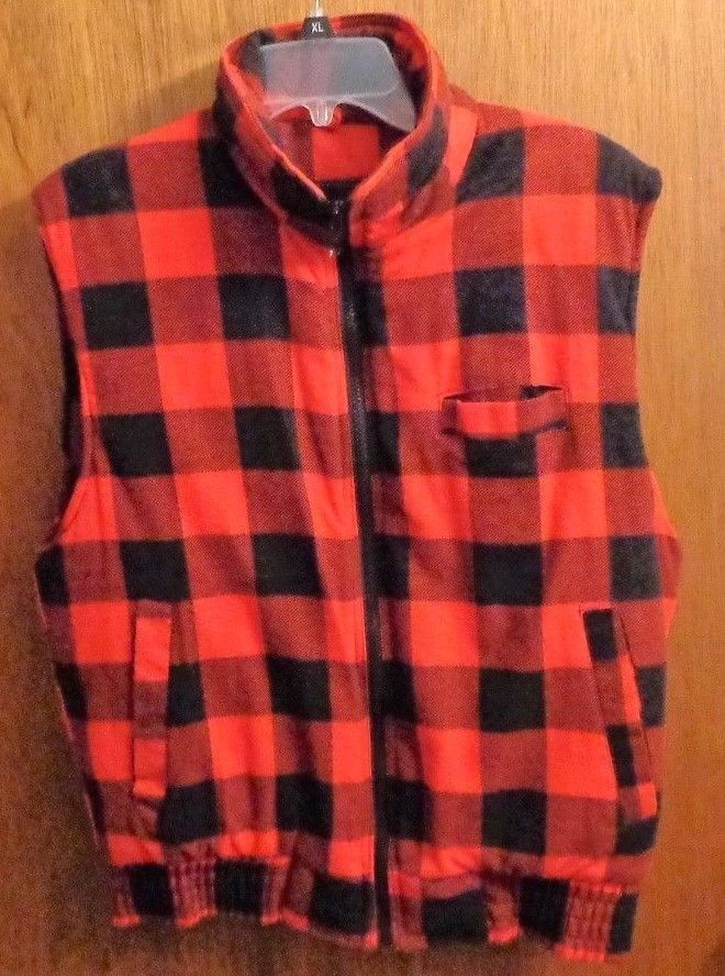 Vintage Red Black Plaid Poly Fill Hunting Vest Mens M