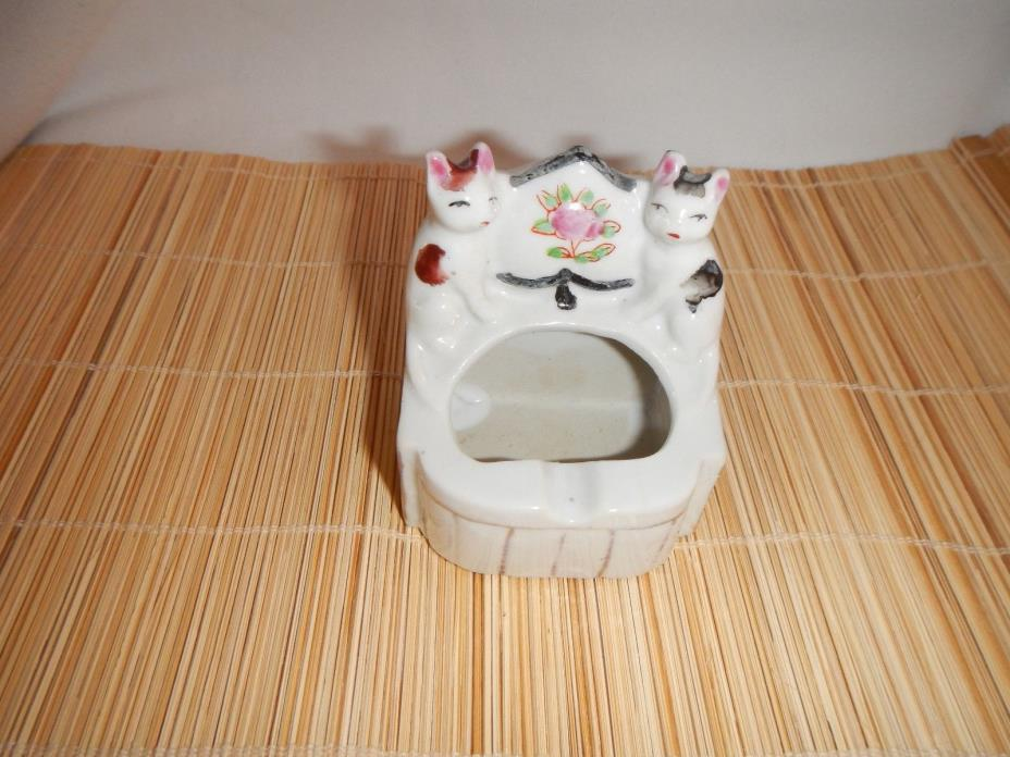 Vintage Porcelain Cats on an Ashtray Made in Japan