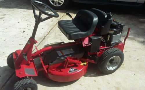 Snapper 25 inch Riding Mower 8hp Briggs Stratton easy rider
