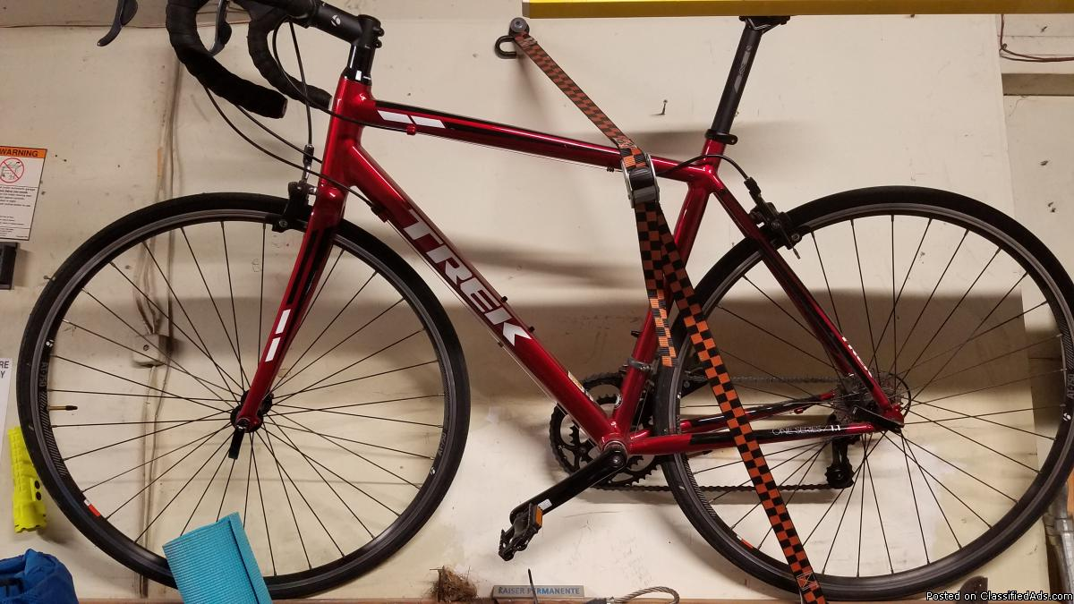 Trek one series 1.1 bike