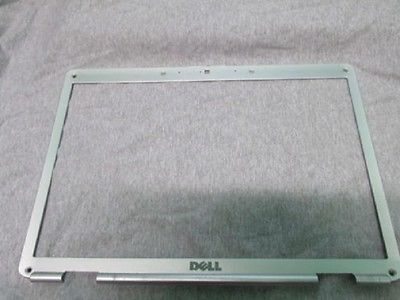 Dell Inspiron 1525 1526  LCD Front Bezel with Camera Hole-Silver