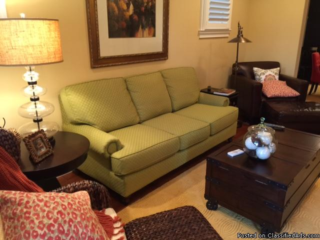 King Hickory Couch