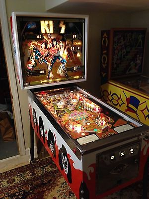 KISS PINBALL MACHINE Completely restored Original 1978