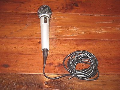 Singing Machine Karaoke Microphone with 10 Foot Cord