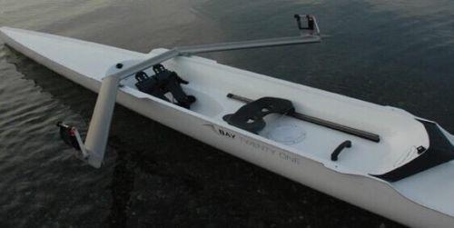 Bay 21 - New single rowing shell or skull