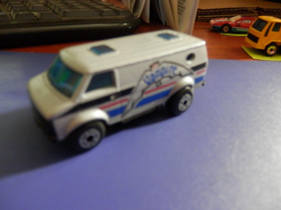 Matchbox  #68 Chevy Van