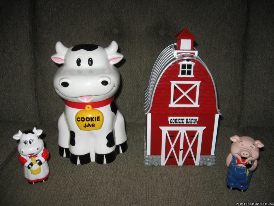 Barn & Cow Cookie Jars and Cow & Pig Salt and Pepper Shaker Set
