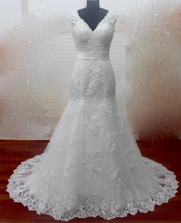 Gloria's Mermaid Lace Wedding Dress