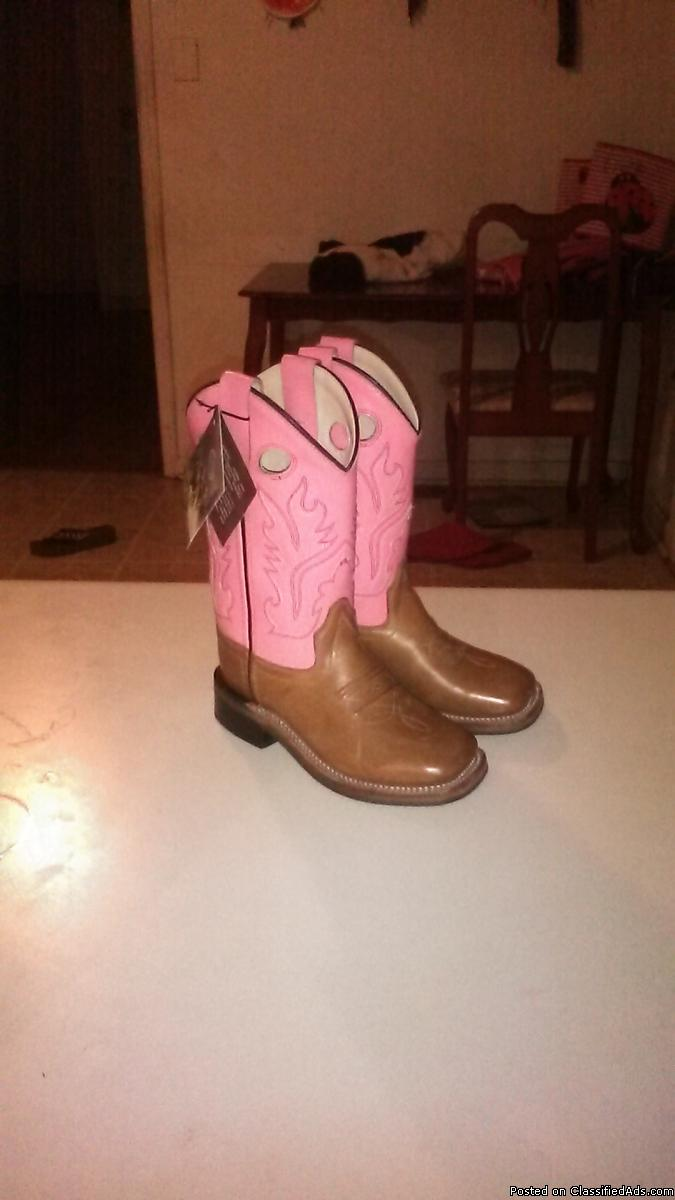 Kids girl boots size11