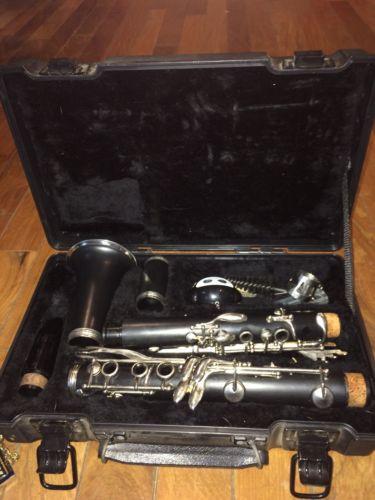 Artley Clarinet W/case & Accessories