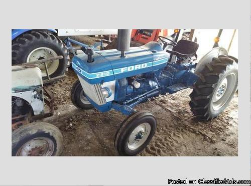 1986 Ford 2810 Tractor