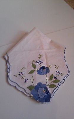 Vintage Bread Cloth Basket Liner with appliques and embroidery