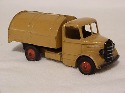 Dinky toy Bedford garbage truck