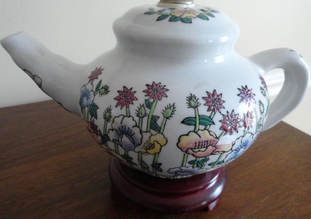 Vintage Porcelain Floral Garden TEAPOT Table LAMP -  Hand Painted