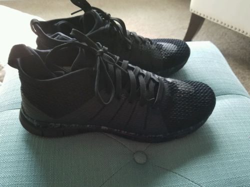 women nike shoes size 10