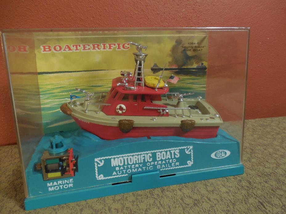 Vintage Ideal Motorific Boaterific MIGHTY BLAZE Fire Boat Complete in Box