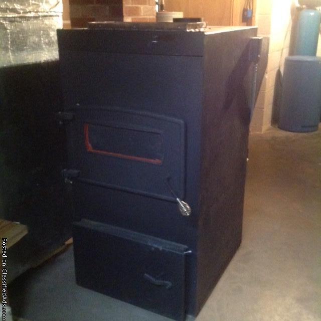 Keystoker 160,000 BTU double wall Koker anthracite (coal) furnace