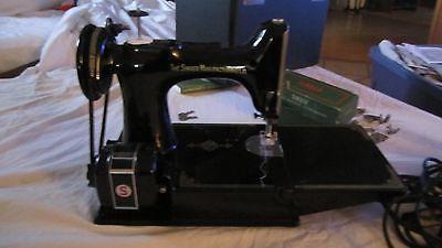 1959 singer featherweight sewing machine 221