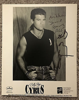 BILLY RAY CYRUS AUTOGRAPHED 8x10 BLACK AND WHITE GLOSSY_1994