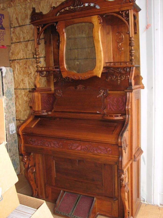 130 Y/O  Antique Working Pump Organ,  Parlor Organ With Stool