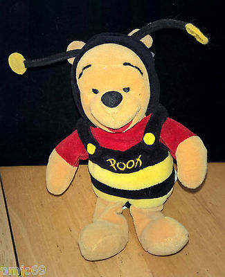 DISNEY ~ BUMBLE BEE POOH ~ MOUSEKETOYS ~ 8